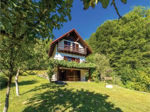 Three-Bedroom Holiday Home in Brod na Kupi - Kupa