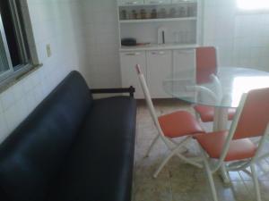 apartamento na praca das aguas em cabo frio, Apartmány  Cabo Frio - big - 23