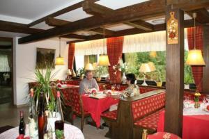 Hotel-Restaurant-Café Ehrich - Engelsbrand
