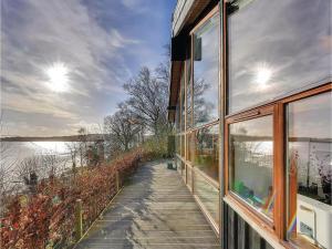 Three-Bedroom Holiday home Bjert with Sea View 08, Nyaralók  Sønder Bjert - big - 25