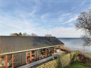Three-Bedroom Holiday home Bjert with Sea View 08, Case vacanze  Sønder Bjert - big - 22