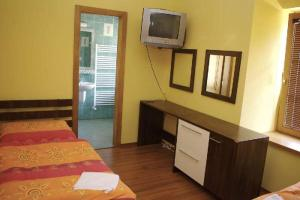 Penzion Stara Fara, Hotely  Makov - big - 13