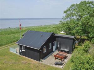 Three-Bedroom Holiday Home in Skals - Sundstrup