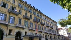 Hotel Roma e Rocca Cavour - AbcAlberghi.com