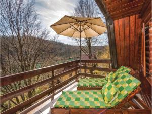 Two-Bedroom Holiday Home in Gornji Zvecaj, Nyaralók  Gornji Zvečaj - big - 1