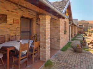 Two-Bedroom Apartment in Kopacevo - Lug