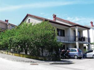 Three-Bedroom Apartment with Sea View in Izola