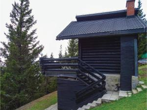 Three-Bedroom Apartment in Smartno pri Sl.Gradcu