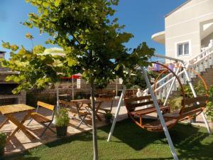 Hotel Chris - Ksamil