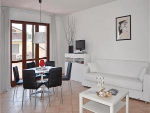 Apartment Viareggio -LU- 51 - AbcAlberghi.com