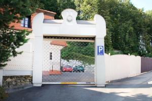 Zámeček Pod Hradem, Szállodák  Starý Jičín - big - 74