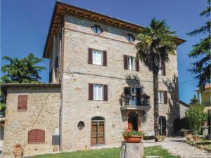 Five-Bedroom Holiday Home in Pilonico Materno -PG- - AbcAlberghi.com
