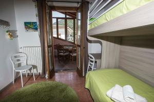 Laura's Holiday House on Como Lake, Ferienhäuser  Valbrona - big - 77