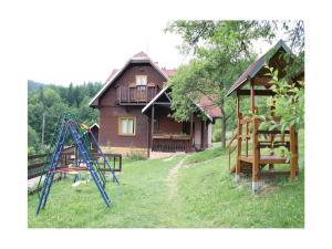 Holiday home Velka Rovne, Holiday homes  Brtalovce - big - 52
