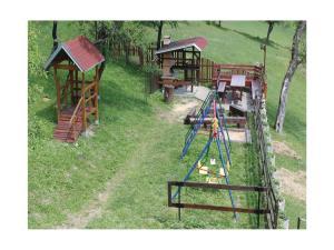Holiday home Velka Rovne, Holiday homes  Brtalovce - big - 49