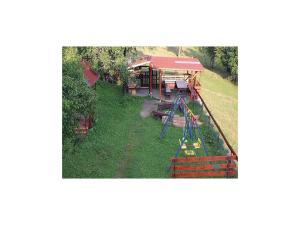 Holiday home Velka Rovne, Holiday homes  Brtalovce - big - 45