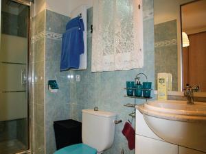 Apartment La Trinite 29 with Outdoor Swimmingpool, Apartments  La Trinité - big - 6
