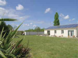 Holiday Home Montpellier d Medillan I - Saint-André-de-Lidon