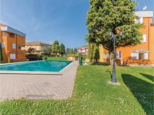 Two-Bedroom Apartment in Lugano di Sirmione BS - AbcAlberghi.com