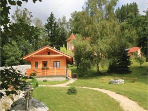 One-Bedroom Holiday Home in Becov nad Teplou - Karlovy Vary