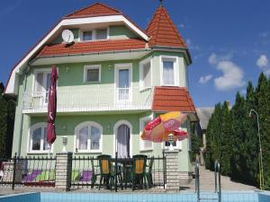 obrázek - Holiday home Szellös Utca-Vonyarcvashegy