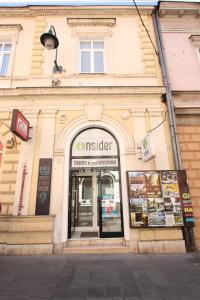 Riverside Residence, Guest houses  Sarajevo - big - 33