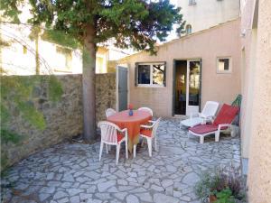 Holiday Home Rue De La Monnaie - La Bastide-d'Engras