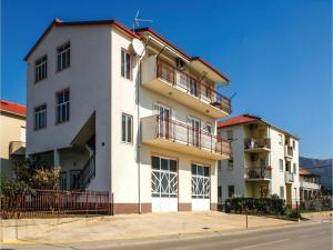 Three-Bedroom Apartment in Kastel Novi, Ferienwohnungen  Kaštela - big - 1