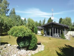 Holiday home Blåklokkevej Marielyst with shower - Marrebæk