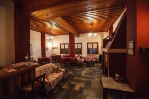 Hostels e Albergues - Guesthouse Rousis
