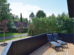Four-Bedroom Holiday Home in Juelsminde, Дома для отпуска  Sønderby - big - 25