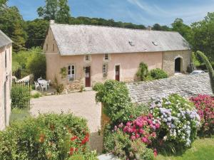 Holiday home Manoir De La Sainte - Morville