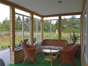 Three-Bedroom Holiday Home in Juelsminde, Prázdninové domy  Sønderby - big - 14