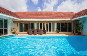 Na Thai Villa - Ban Laem Som