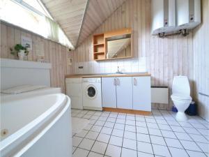 Holiday home Lyngvej Fanø II, Dovolenkové domy  Fanø - big - 5