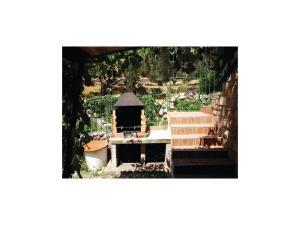 Four-Bedroom Holiday home 0 in Dobre Vode, Case vacanze  Dobra Voda - big - 11