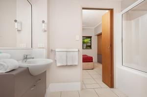Southern Cross Atrium Apartments, Апарт-отели  Кэрнс - big - 10