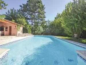 Apartment - Holiday Home Isle Sur La Sorgue Cours De Verdun - L'Isle-sur-la-Sorgue