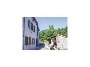 Holiday Home la Crotte - 04, Dovolenkové domy  Silhac - big - 1
