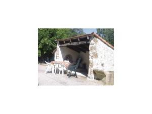 Holiday Home la Crotte - 04, Dovolenkové domy  Silhac - big - 14
