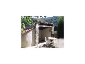 Holiday Home la Crotte - 04, Dovolenkové domy  Silhac - big - 17