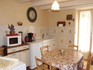 Holiday Home la Crotte - 04, Dovolenkové domy  Silhac - big - 23