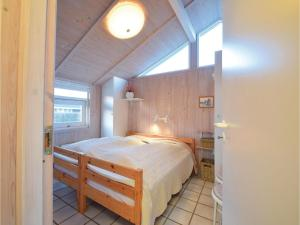 Three-Bedroom Holiday Home in Juelsminde, Case vacanze  Sønderby - big - 7