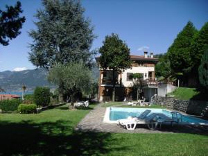 Sulzano Apartments - AbcAlberghi.com