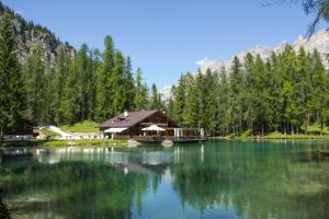 B&B Lago Ghedina - AbcAlberghi.com