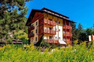 Residence La Roggia - AbcAlberghi.com