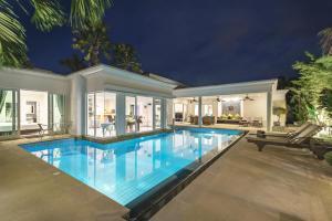 Luxury Pool Villa 52 4BR 8-10 persons