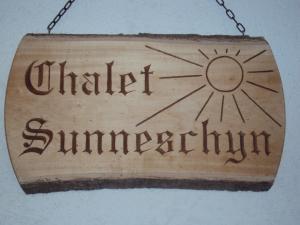 Chalet Sunneschyn, Апартаменты  Schwanden - big - 14