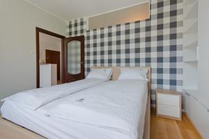 Imperial Apartments Patio Mare