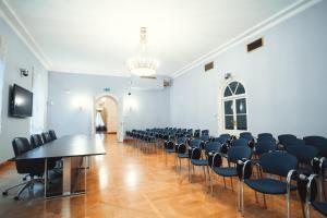 Petroff Palace (31 of 58)